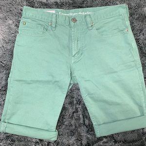 Green Men's Slim Jean Shorts SZ 31